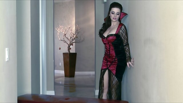 The lady sucks a standing dick for a close-up on a video movies anal mature camera