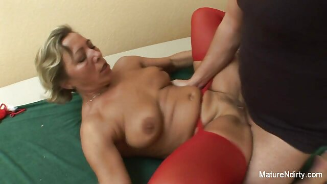 The phallus of the anal movie boyfriend enjoys a romantic blowjob from a luxurious mature lady